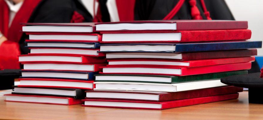 Frontespizio tesi di laurea cosa è e cosa scrivere